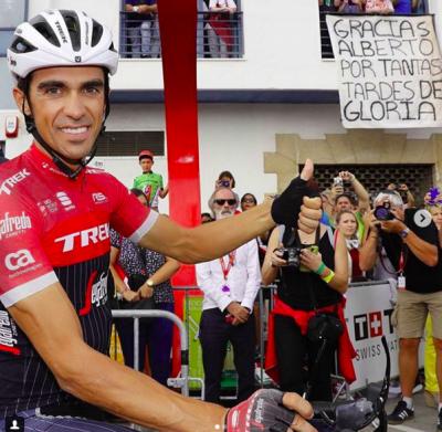 Ciclista y afición tienen mucho que agradecerse mutuamente: @acontadoroficial.