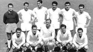 El Real Madrid con la primera Copa de Europa, la primera de las Cinco Célebres: ABC.