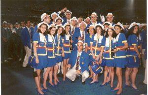 El equipo español de gimnasia rítmica en el desfile durante la ceremonia de inauguración de los Juegos Olímpicos de Atlanta: Foto cedida por Marisa Mateo.