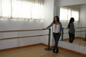 Marisa Mateo junto a la barra, elemento fundamental en el ballet clásico: Ravelo.