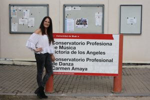 Marisa Mateo en su lugar de trabajo, el Conservatorio Profesional de Danza Carmen Amaya: Ravelo.