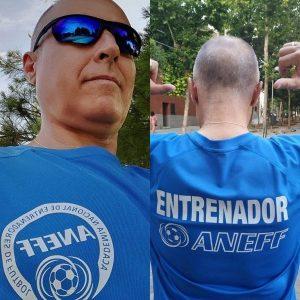 José María Gail con la camiseta de entrenamiento de ANFF, academia donde se sacó el título de monitor de fútbol: Foto cedida por José Mª Gail.
