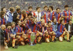 Este es el Barça que ganó la primera Champions de su historia: La Vanguardia.