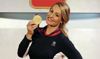 Lydia Valetín al recibir la medalla de oro que debió haber ganado en Londres 2012: COE.