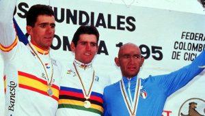Abraham Olano (oro), Miguel Induráin (plata) y Marco Pantani (bronce) en el Mundial de Ciclismo en Ruta 1995: Agencias.