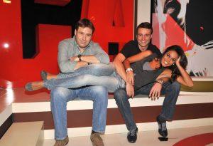 Lara Álvarez junto a Antonio Villanueva y Enrique Marqués en MarcaGol: Gtres.