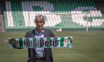 Manuel Pellegrini en su presentación como entrenador del Betis: As.