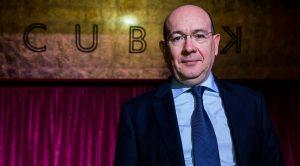 El presidente del Madrid C.F.F., Alfredo Ulloa: Azar Plus.