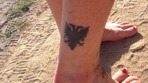 El águila bicéfala es el símbolo nacional de Albania: Internet.