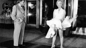 Mítico momento en el que el vestido de Marilyn Monroe vuela: Fotogramas.