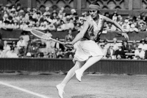 Lilí Álvarez compitiendo en tenis: Archivo.