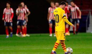 Messi, desolado tras la derrota frente al Atlético en el Wanda Metropolitano: EFE.