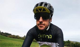 Fernando Alonso sueña con formar un equipo de ciclismo: Twitter.