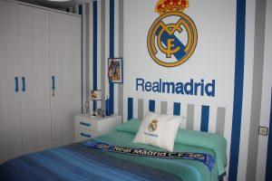 La habitación de Agustín es la viva imagen de lo que es sentir los colores por el Real Madrid: Ravelo.