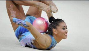 Natalia García con la pelota: You Tube.