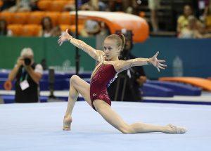 Viktoriya Listunova, oro en suelo en el Mundial Júnior 2019: Martin Rulsch.