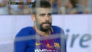 La cara de Gerard Piqué al marcar un gol en propia puerta, todo un poema: Be Soccer.