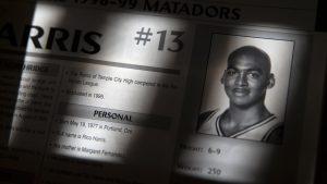 Ficha de Rico Harris: LA Times.