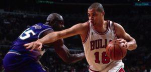 Bison Dele jugando con los Chicago Bulls: Agencias.